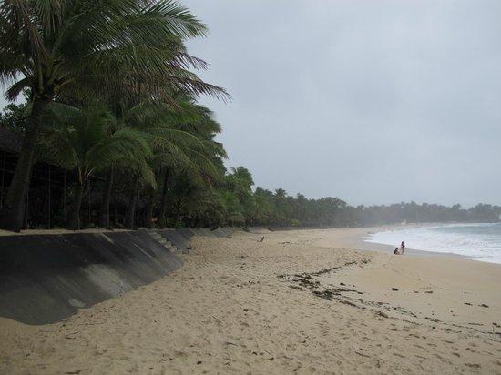 Saud Beach Resort & Hotel: Beach