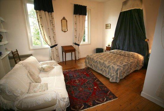 Chateau Le Baudou: chambre Aliénor