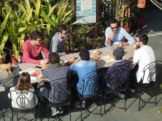 Hotel Kalyan : Rooftop breakfast