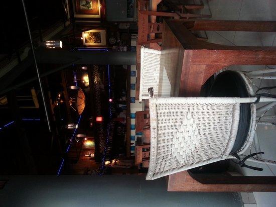 Hotel Somadevi Angkor Resort & Spa: Not so big bath/toilet/shower stall but comfortable enough.