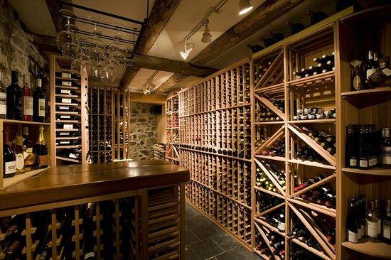 Bistro West Brome : Notre belle cave à vin - Our wine cellar