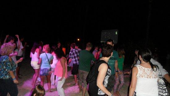Bavaro Princess All Suites Resort, Spa & Casino: Beach Party