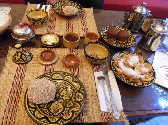 Riad Louaya: Breakfast