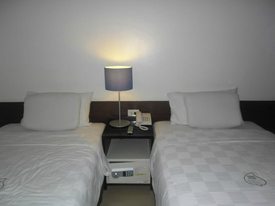 Go Hotels Mandaluyong : safe is provided