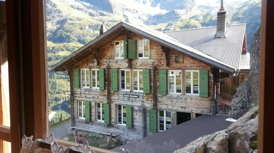 Berggasthaus Obersteinberg: Obersteinberg - looking down to Main Lodge from 2nd Guest Room Lodge
