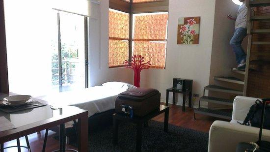 Apart Urbano Bellas Artes: Sala con 3era cama agregada