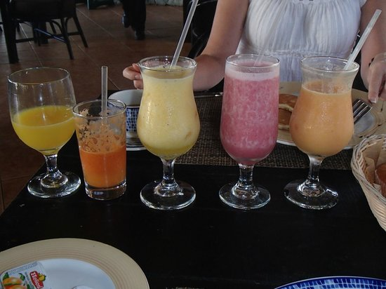 Dreams Punta Cana Resort & Spa: Organic smoothies and drinks - Oceana PC Breakfast