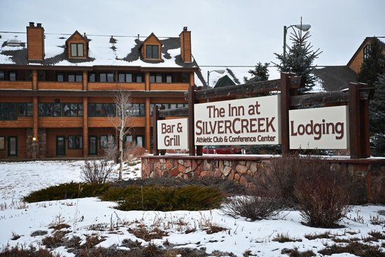 Inn at Silver Creek : Front Entrance