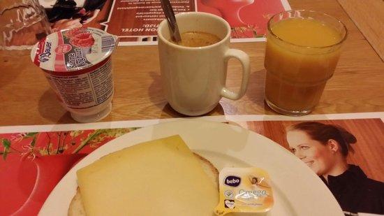 Best Western Amsterdam Airport Hotel: Ontbijt.