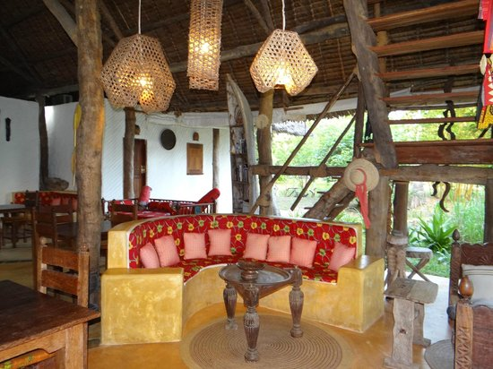 Shamba Kilole Eco Lodge: Lounge