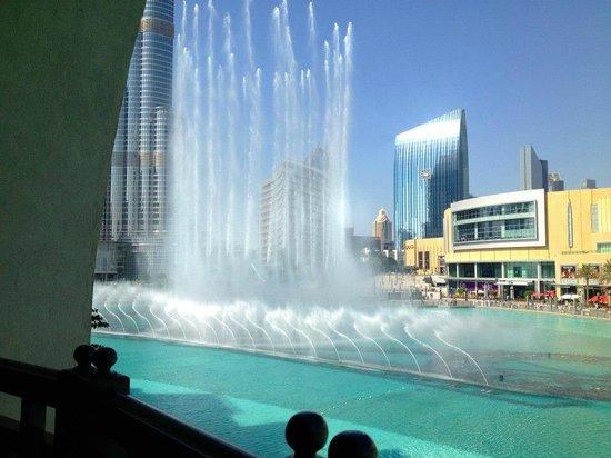 Karma Kafé: Fountain view
