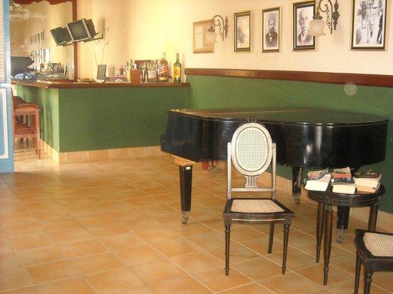Hotel Mascotte : Lobby-Piano