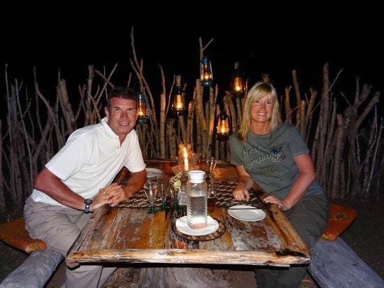Shamba Kilole Eco Lodge: Dinner in the bush