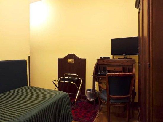 Quality Comfort: Room 4