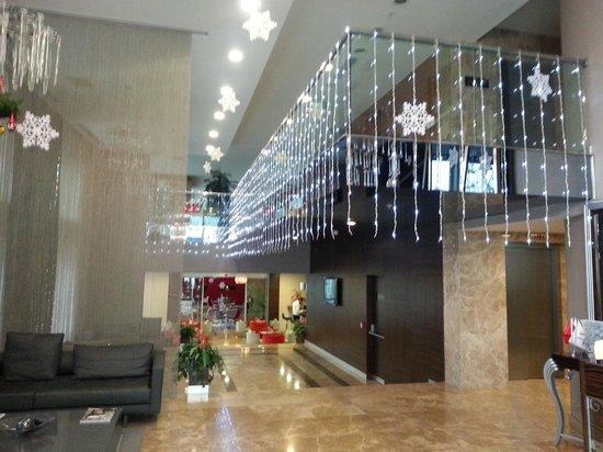 Demora Hotel: Lobby 2