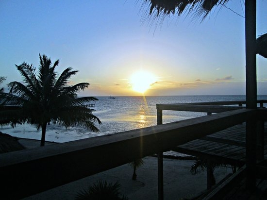 Exotic Caye Beach Resort: sunrise