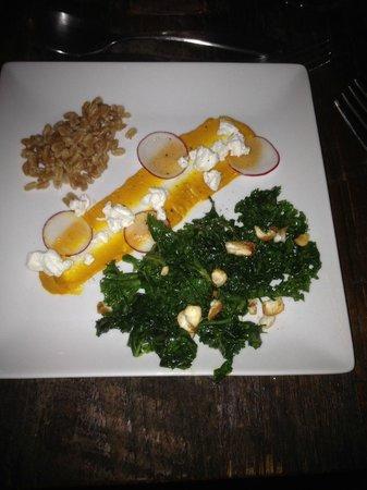 SoCo Farm and Food : sweet kale salad
