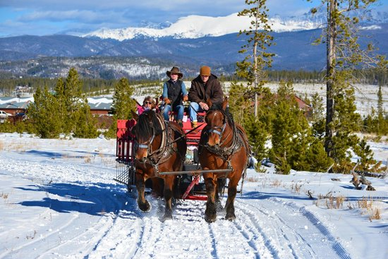 Sombrero Stables at Snow Mountain Ranch: Another sleigh ride