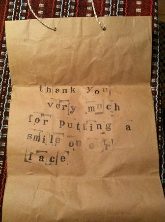Espressonista Specialty Coffeebar and Restaurant: The owner printed this nice message for us on the paper bag he gave us for our coffee :)