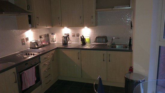 A Space in the City - Swansea: Kitchen