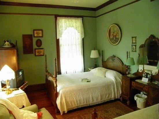 63 Orange Street Bed and Breakfast: Like staying with family