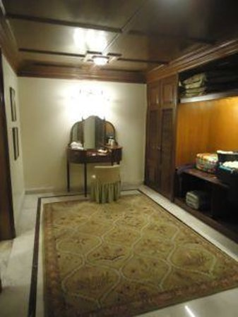 Rambagh Palace: Historical Suite - the dressing room!
