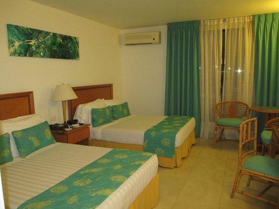Estelar Santamar Hotel & Convention Center: Habitacion en 4 piso