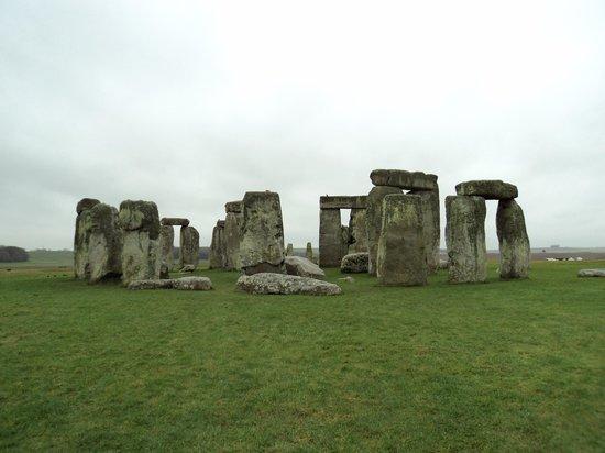 Golden Tours: Stonehenge January 2014