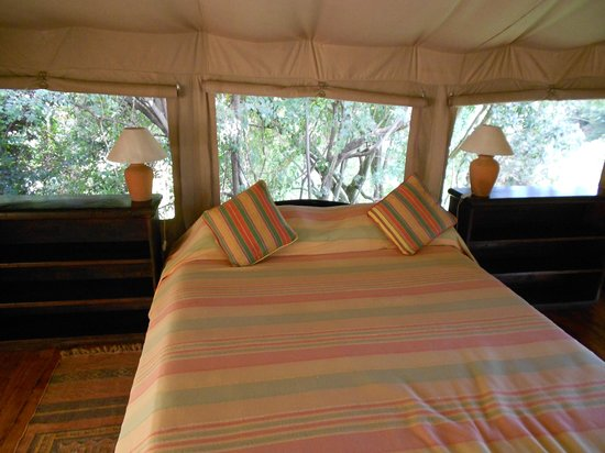 Sekanani Camp: The comfortable beds in the tent