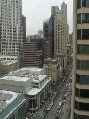 InterContinental Chicago : View of Michigan Avenue