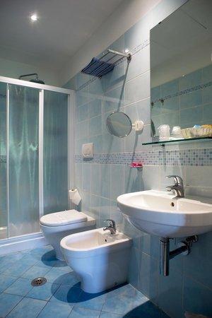 Hotel Vittoria: bagno