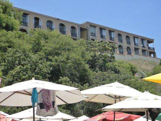 Colonna Park Hotel : Vista del Colonna desde playa Joao Fernandiño