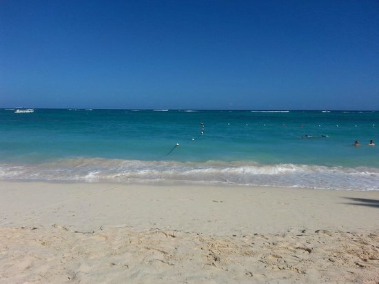 Presidential Suites - Punta Cana : A look at the ocean from the beach.