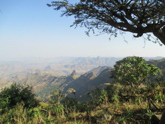 Befiker Kossoye Ecology Lodge: mountain view
