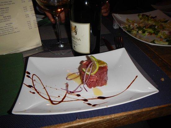 The Lavender Restaurant: tuna carpaccio starter