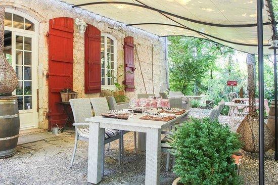 La Gentilhommiere Restaurant Etincelles : la terrasse