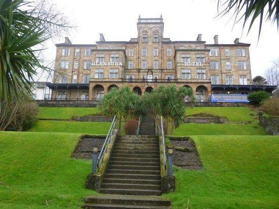 The Glenburn Hotel Ltd: hotel from the main road