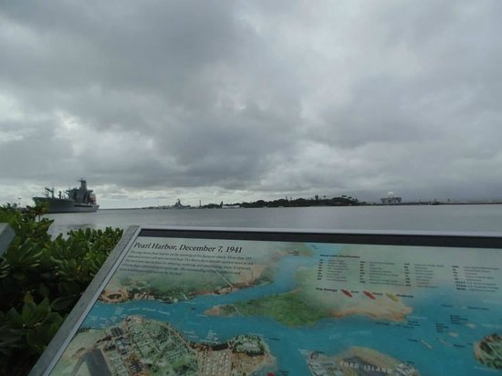 Pearl Harbor: The Harbor. Missouri, AZ Memorial.