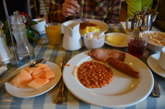 Fitzgerald's Woodlands House Hotel: some available breakfast options (timmy mac's)