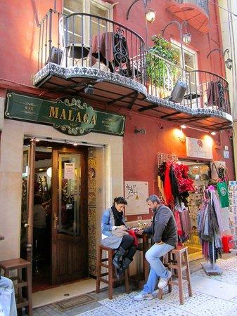 Bar Malaga Restaurante: Entrada