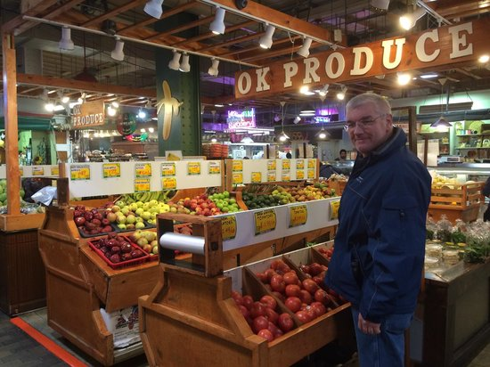 Reading Terminal Market : My husband in one of the farmer's market areas