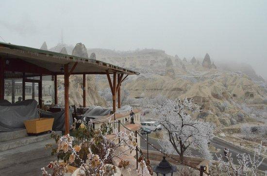 SOS Cave Hotel: Terrace