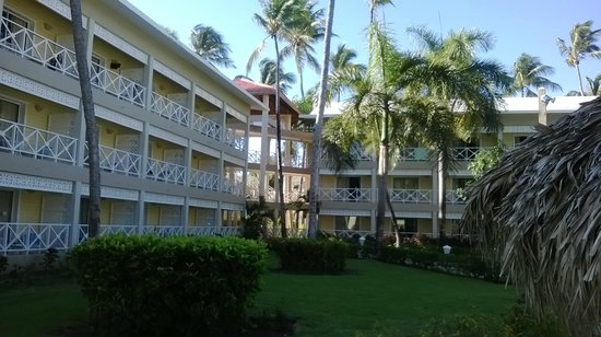 Vista Sol Punta Cana: Vista de una parte de las habitaciones