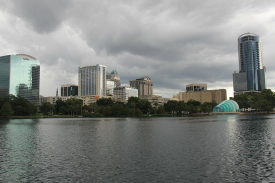 Lake Eola Park: Orlando skyline viewed from the swan boat