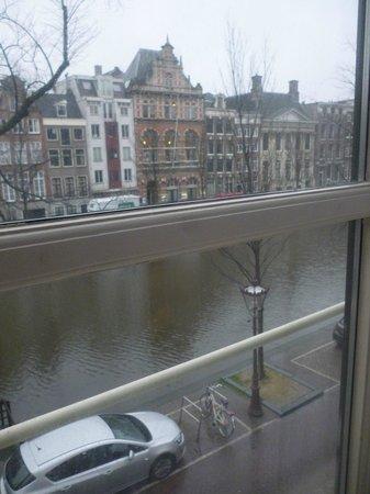 Radisson Blu Hotel, Amsterdam: View from the bedroom window