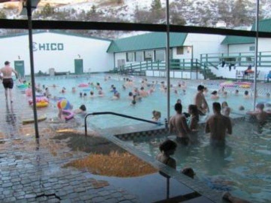 Chico Hot Springs Resort: pools
