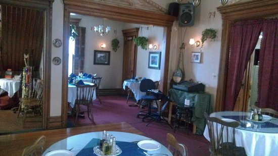 A Touch of Athens : Inside Dining Area