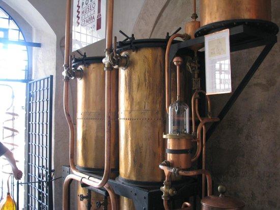 Poli Museo della Grappa: Interno Museo