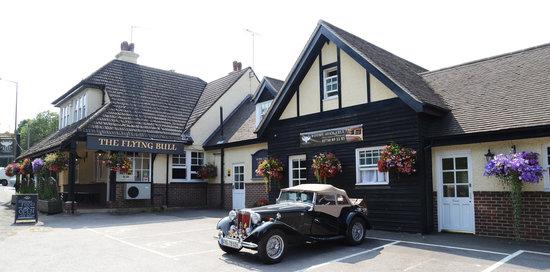 The Flying Bull Inn Restaurant: Exterior