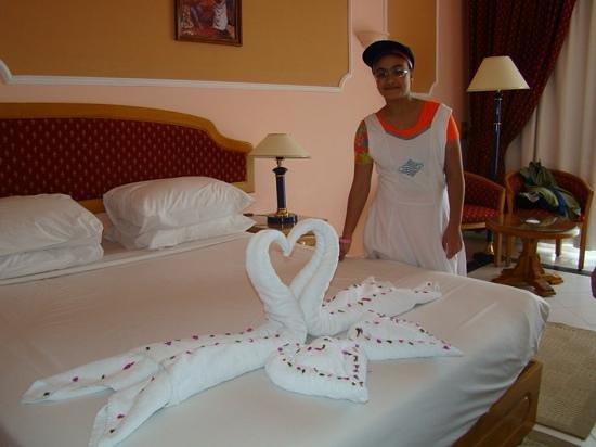 The Desert Rose Resort : at the room